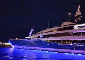 yacht280